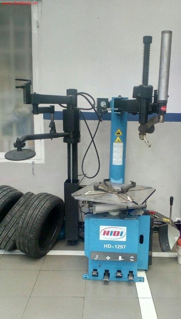 Máy ra vào vỏ xe tự động Hidi HD-1297